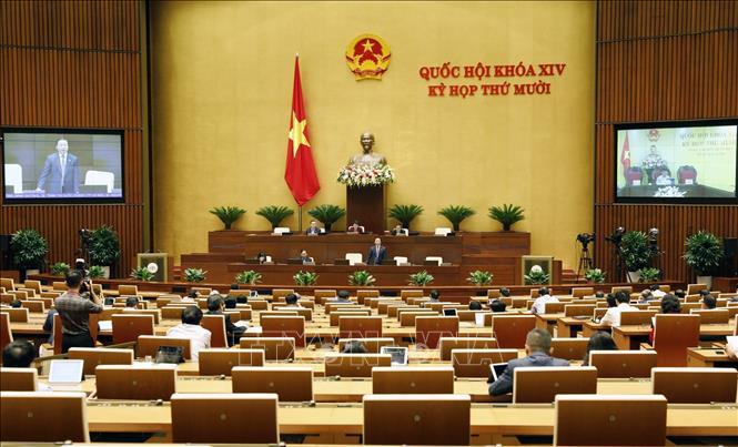 Quang cảnh phiên họp sáng 24-10-2020. Ảnh: Dương Giang/TTXVN