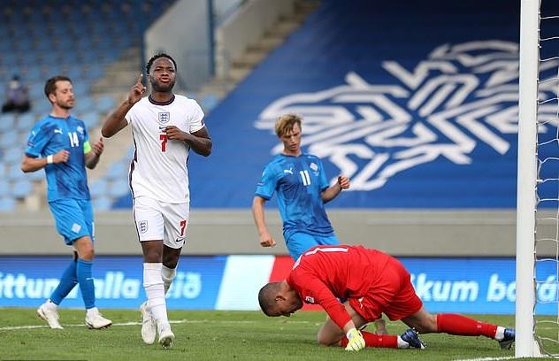 Trận Anh vs Iceland có thể phải đá ở sân trung lập để phòng COVID-19