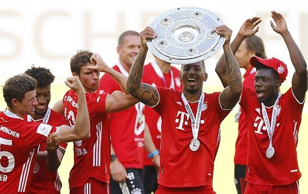 Boateng giành 8 Bundelisga và 2 Champions League trong 9 năm khoác áo Bayern Munich