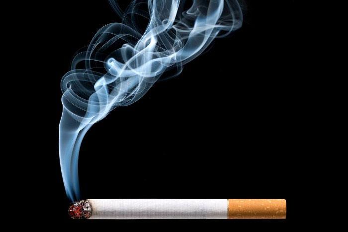 Khói thuốc lá chứa trên 7.000 hóa chất.
