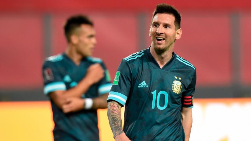 Messi được miễn tập do vừa trở về từ ĐTQG