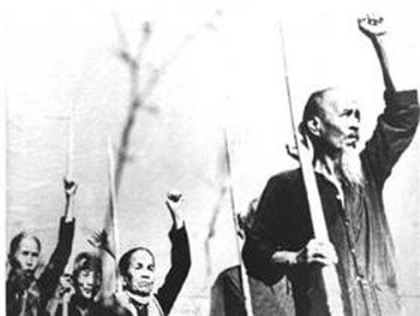 Đêm 22, rạng sáng ngày 23-11-1940, nhân dân Nam Bộ đồng loạt nổi dậy. Ảnh tư liệu