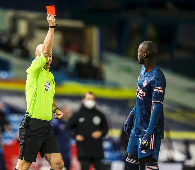 Thẻ đỏ vô duyên của Pepe