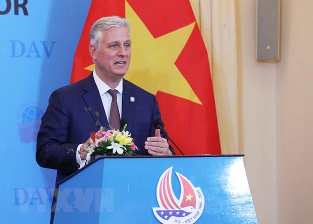 Cố vấn An ninh Quốc gia Hoa Kỳ Robert O'Brien nói chuyện với sinh viên Học viên Ngoại giao tại Hà Nội. Ảnh: Lâm Khánh/TTXVN