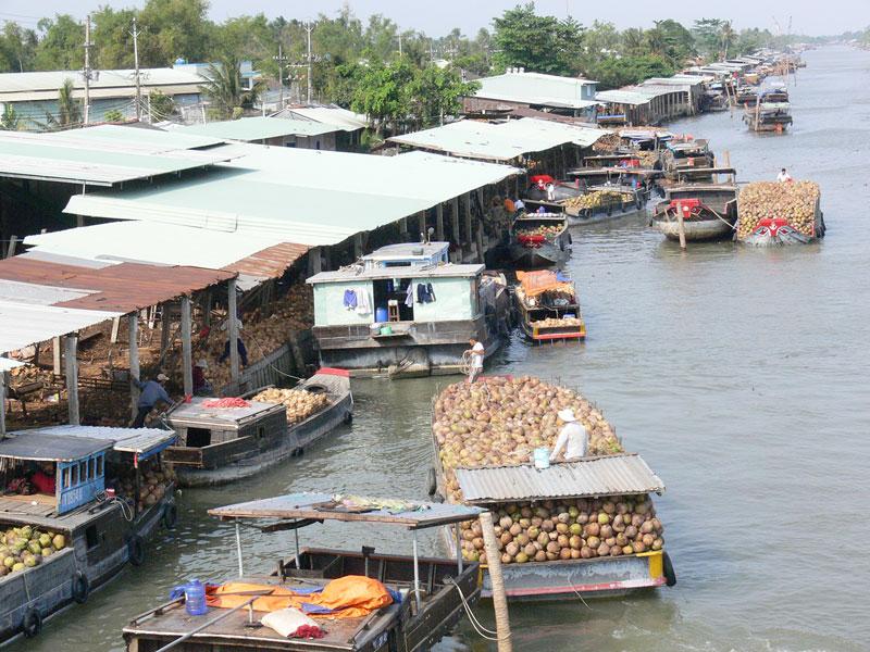 Phát triển chợ dừa tại xã An Thạnh, huyện Mỏ Cày Nam.