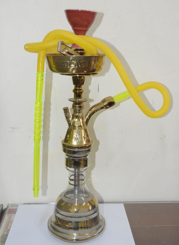 Bình shisha được cơ quan chức năng thu giữ.