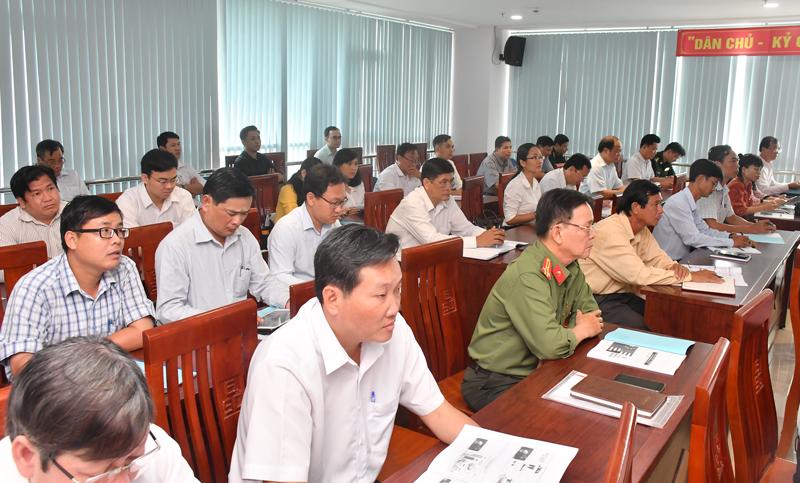 Các đại biểu tham dự tập huấn.