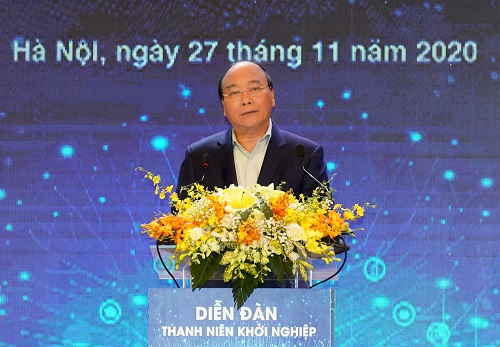 Thủ tướng Nguyễn Xuân Phúc phát biểu tại Diễn đàn Thanh niên khởi nghiệp 2020. Ảnh: VGP/Quang Hiếu