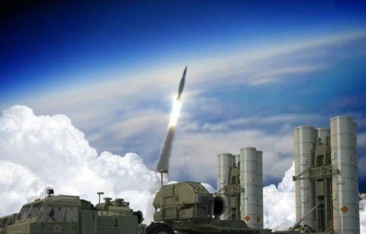 Hệ thống tên lửa phòng không thế hệ mới S-500 của Nga. (Ảnh: Ed News/TTXVN)