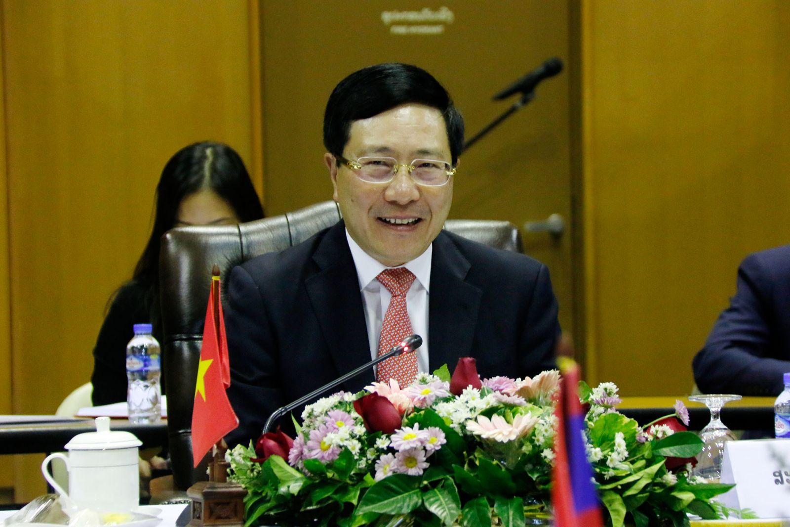 Phó thủ tướng, Bộ trưởng Bộ Ngoại giao Phạm Bình Minh thăm chính thức Lào từ ngày 29 và 30-11-2020.