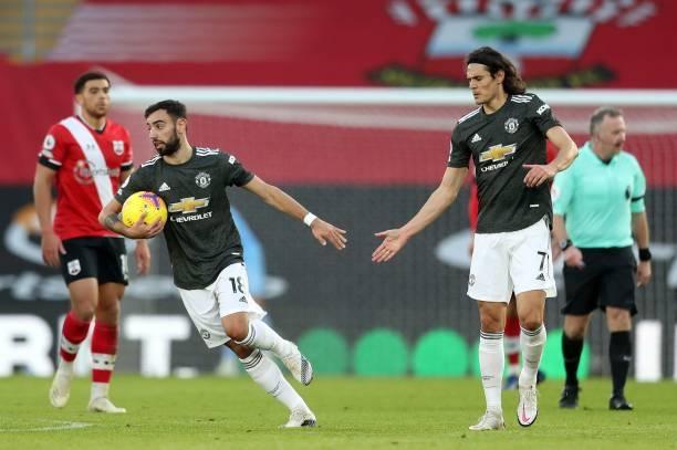 Bruno Fernandes và Cavani đã tỏa sáng giúp MU lội giành trọn 3 điểm