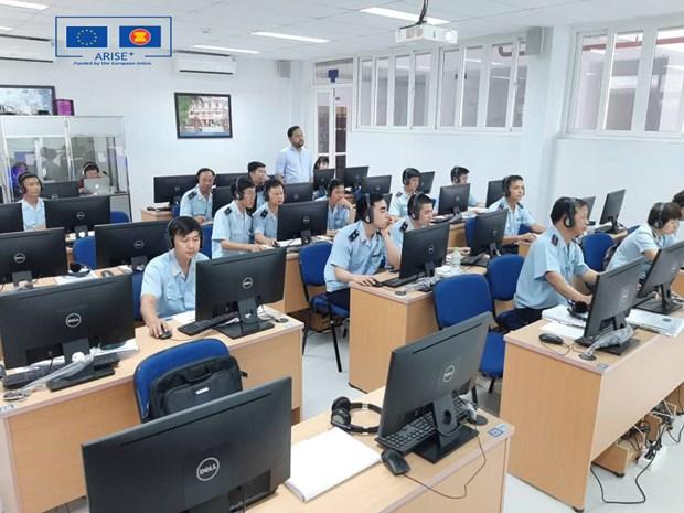 Cán bộ hải quan Việt Nam tham gia tập huấn về ACTS. Ảnh: ASEAN