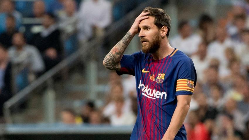 """Messi tiếp tục được HLV Koeman """"cất"""" ở nhà"""
