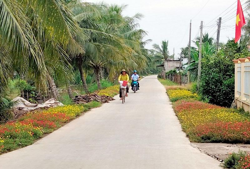 Đường về ấp An Thuận, xã An Phú Trung, huyện Ba Tri.