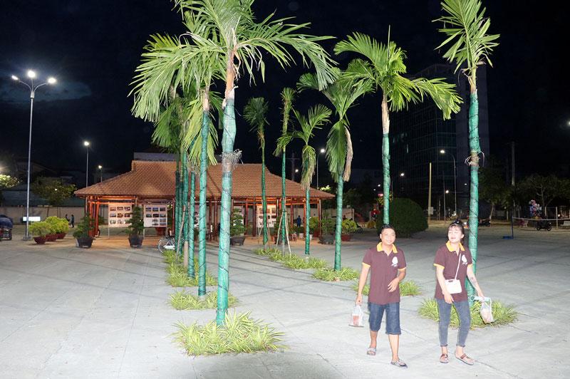 Công viên An Hội sẽ được trang trí nhiều hoa, tiểu cảnh và đèn nghệ thuật rực rỡ chào đón Xuân 2021.