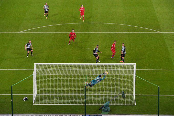Thủ thành Darlow đã hóa giải tất cả những cú dứt điểm tới từ các cầu thủ Liverpool