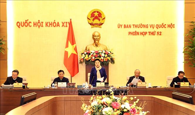 Chủ tịch Quốc hội Nguyễn Thị Kim Ngân chủ trì và phát biểu khai mạc Phiên họp. Ảnh: Trọng Đức/TTXVN
