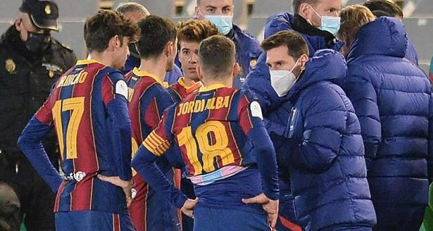 Messi không thể ra sân ở trận Barca gặp Real Sociedad tại bán kết Siêu Cúp Tây Ban Nha