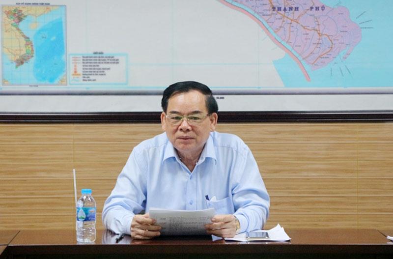 Chủ tịch UBND tỉnh Trần Ngọc Tam phát biểu chỉ đạo cuộc họp.