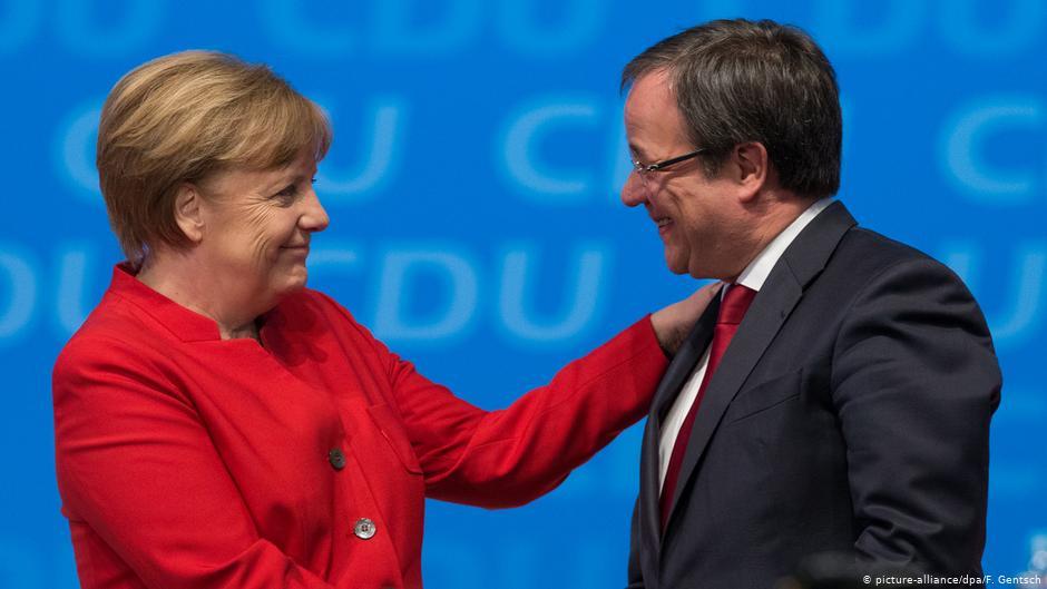 Thủ tướng Angela Merkel (trái) và ông Armin Laschet. Ảnh: DW