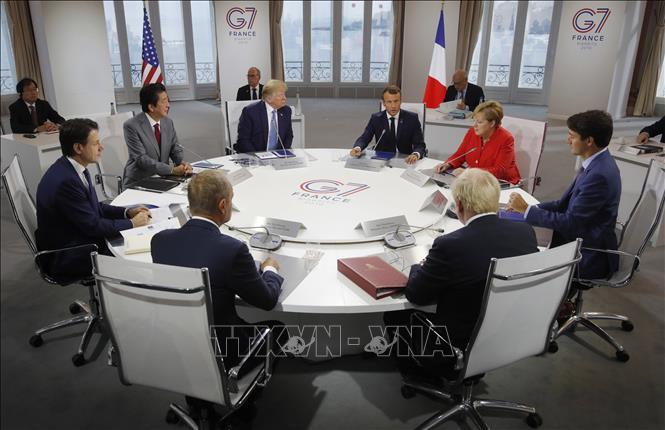 Các nhà lãnh đạo nhóm 7 nước công nghiệp phát triển nhất thế giới (G7) cùng đại diện Liên minh châu Âu tại hội nghị thượng đỉnh ở Biarritz, Tây Nam Pháp ngày 25-8-2019. Ảnh minh họa: AFP/TTXVN
