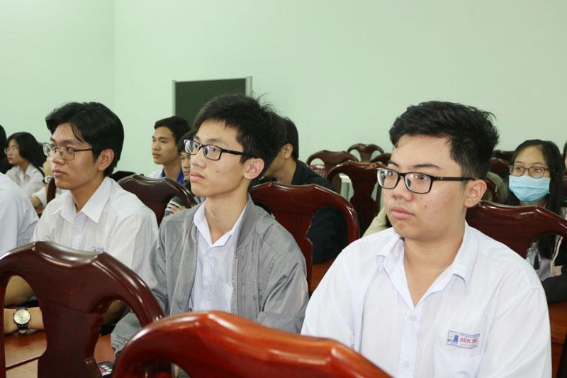 Thí sinh tỉnh tham gia kỳ thi chọn học sinh giỏi quốc gia THPT năm 2020-2021.