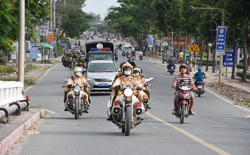 Công an huyện Châu Thành ra quân cao điểm tấn công trấn áp tội phạm.