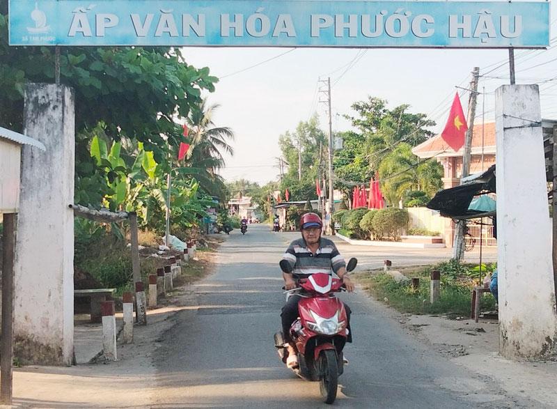 Đường giao thông nông thôn ấp Phước Hậu, xã Tam Phước.