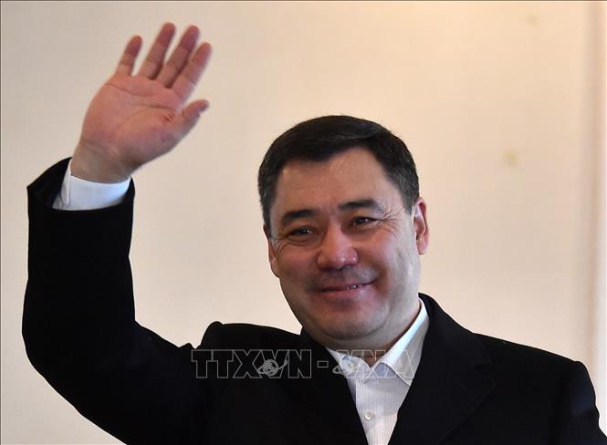 Ông Sadyr Japarov tại điểm bầu cử ở Bishkek ngày 10-1-2021. Ảnh: AFP/TTXVN