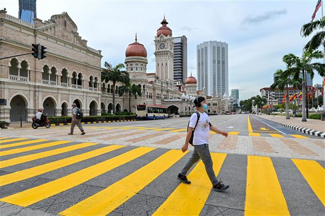 Malaysia phong tỏa diện rộng để phòng COVID-19. Ảnh: AFP