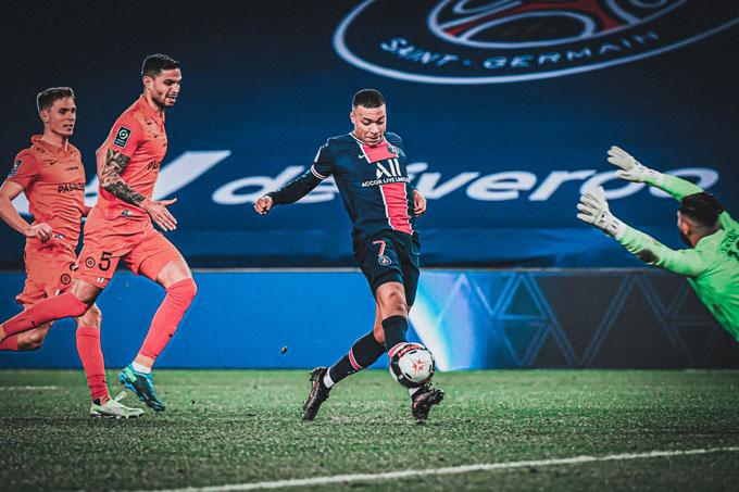 Mbappe tỏa sáng trong trận PSG vs Montpellier