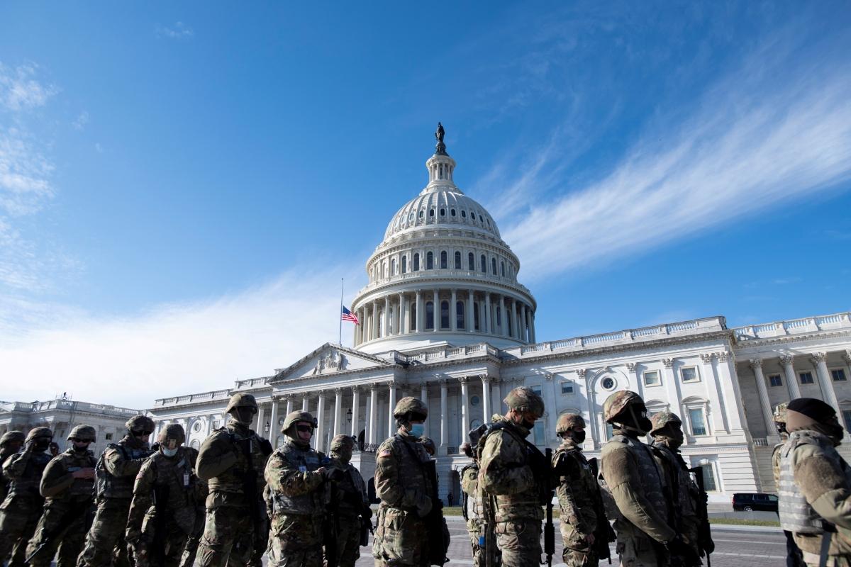 Lực lượng Vệ binh Quốc gia chuẩn bị cho lễ nhậm chức Tổng thống Mỹ hôm 20-1 vừa qua. Nguồn: Reuters
