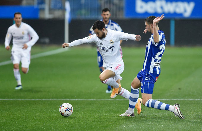 Hazard đã có trận đấu hay trước Alalves