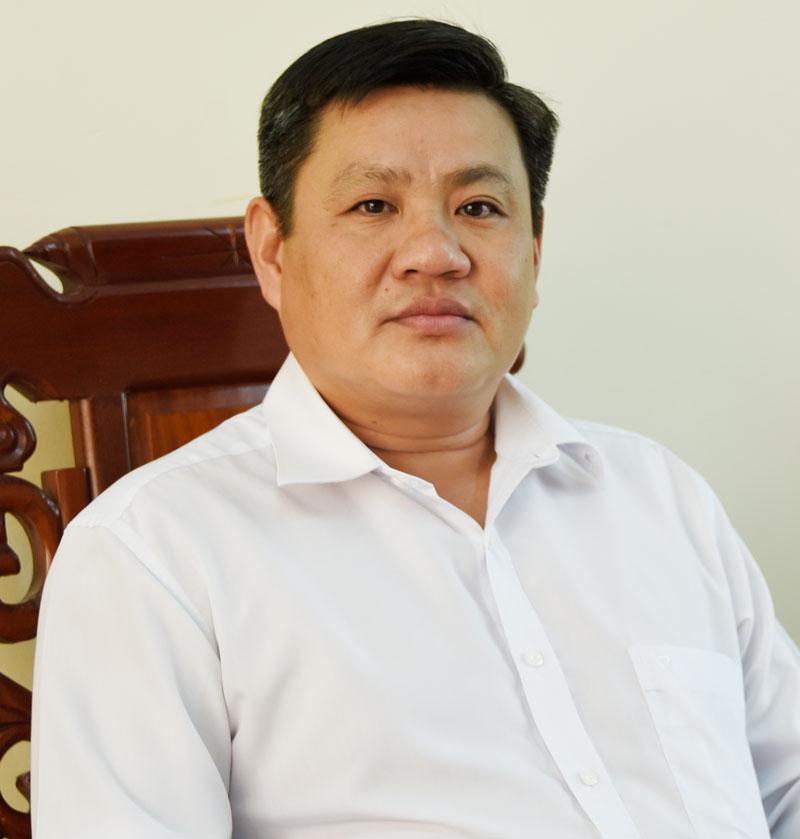 Bí thư Huyện ủy Chợ Lách Nguyễn Văn Đảm