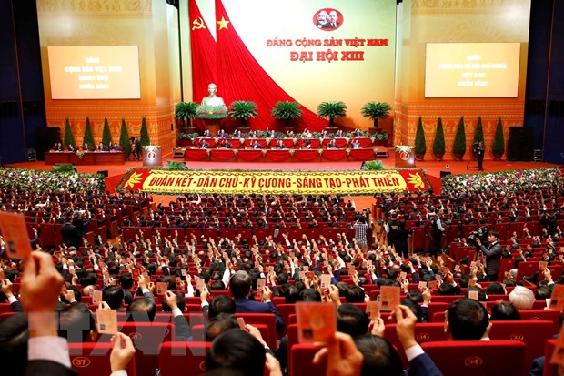 Các đại biểu biểu quyết thông qua Chương trình làm việc của Đại hội. Ảnh: TTXVN