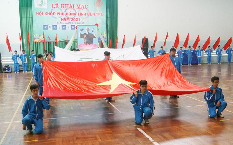 Tổng duyệt chương trình lễ khai mạc Hội khỏe Phù Đổng tỉnh năm 2021. Ảnh: A.Nguyệt