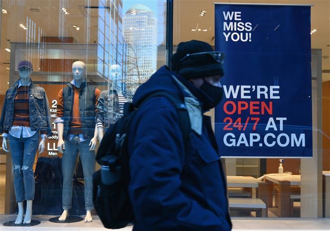 Cảnh vắng vẻ do dịch COVID-19 trên một đường phố ở New York, Mỹ, ngày 12-1-2021. Ảnh: AFP/TTXVN