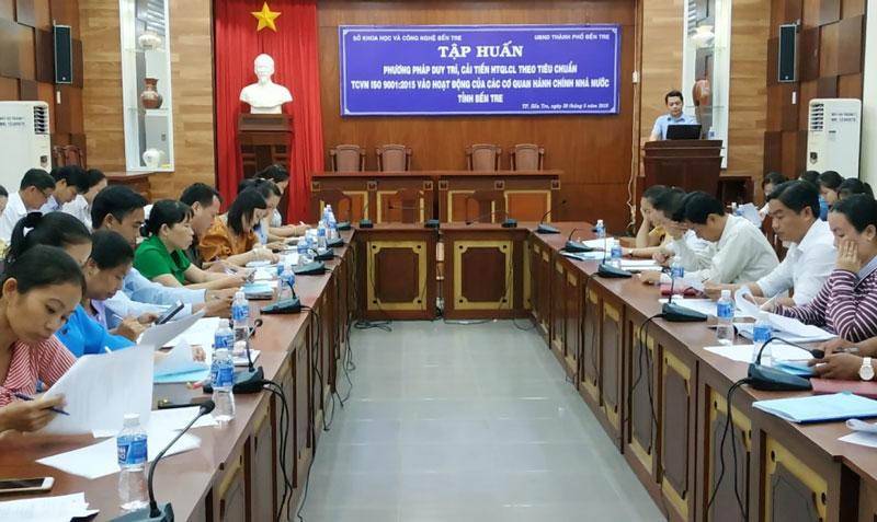 Tập huấn áp dụng hệ thống quản lý chất lượng theo tiêu chuẩn quốc gia vào hoạt động của các cơ quan hành chính nhà nước năm 2020.