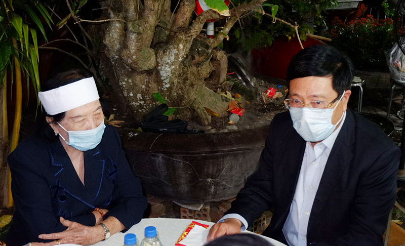 Đồng chí Phạm Bình Minh - Ủy viên Bộ Chính trị, Phó Thủ tướng Chính phủ, Trưởng Ban.