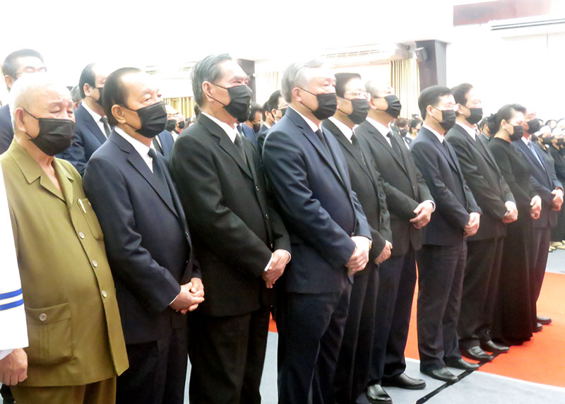 Các đồng chí lãnh đạo, nguyên lãnh đạo Đảng, Nhà nước dự Lễ truy điệu. Ảnh: Trần Quốc