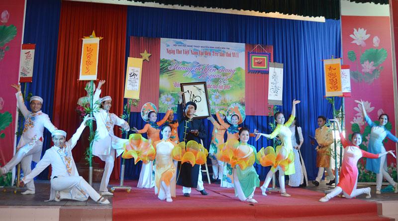 Hoạt động Ngày thơ Việt Nam tại Bến Tre.