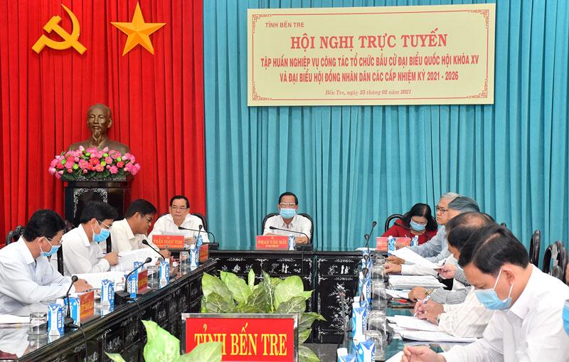 Các đại biểu dự hội nghị tại điểm cầu tỉnh.