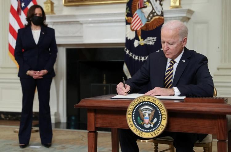 Tổng thống Joe Biden tại Nhà Trắng ngày 24-2-2021. Ảnh: Reuters