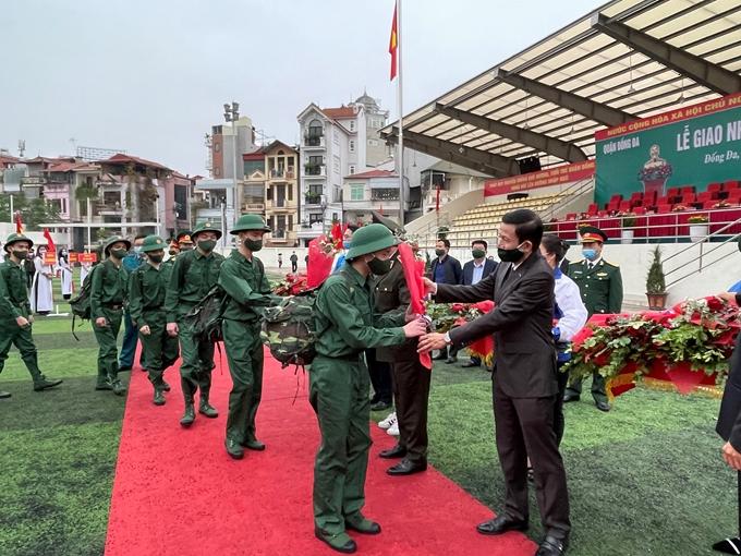 Năm nay, Hà Nội có hơn 4.000 thanh niên lên đường nhập ngũ
