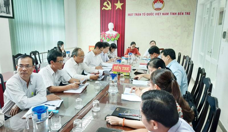 Đại biểu tham dự tại điểm cầu tỉnh Bến Tre.