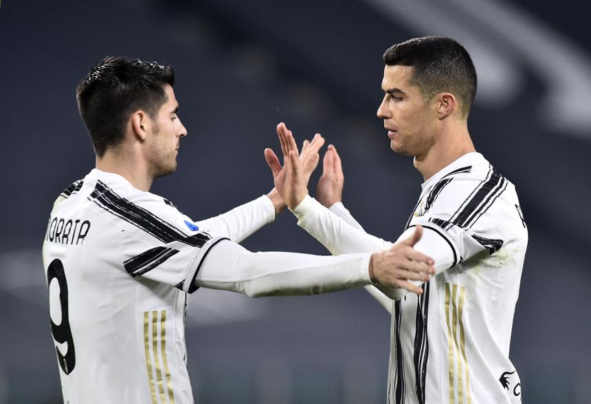 Ronaldo ghi bàn giúp Juventus giành chiến thắng trước Spezia. Ảnh: Reuters