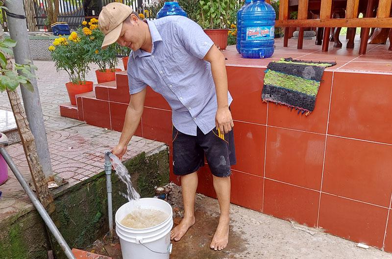 Công ty cổ phần Cấp thoát nước Bến Tre khuyến cáo người dân sử dụng nước tiết kiệm.