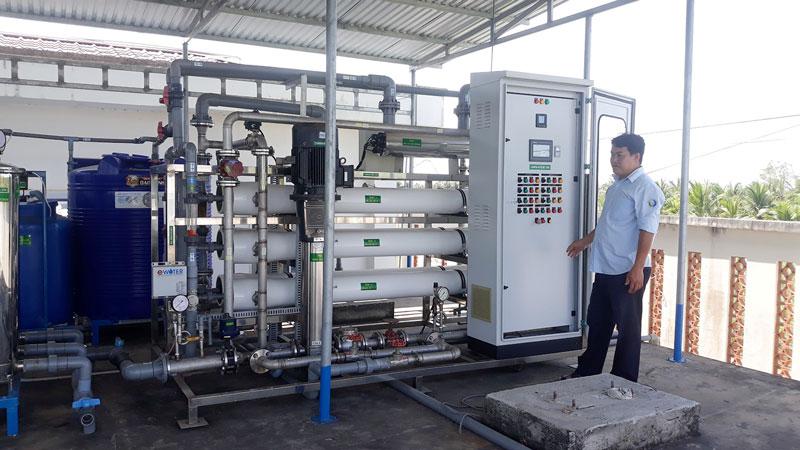 Hệ thống lọc RO công suất 10m³/giờ tại Nhà máy nước Thạnh Phú. Ảnh: Cẩm Trúc