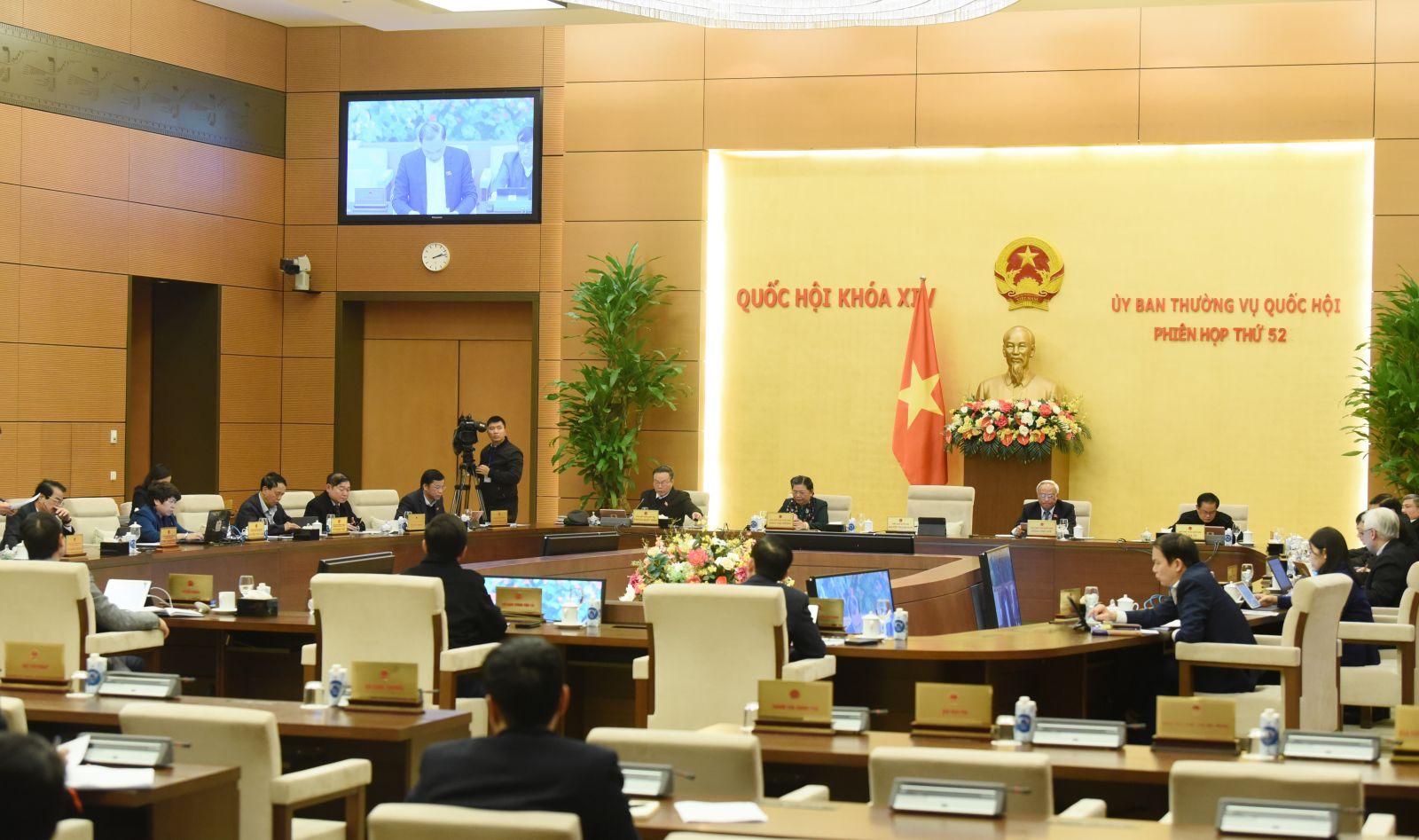 Một phiên họp của Ủy ban Thường vụ Quốc hội.