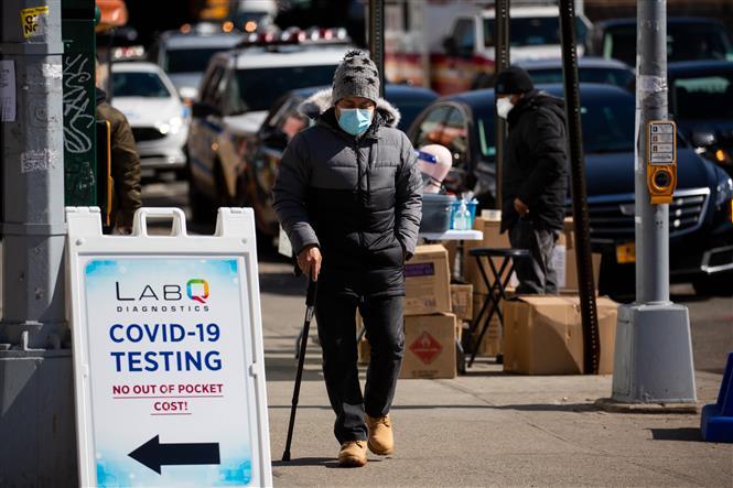 Một điểm xét nghiệm COVID-19 ở New York, Mỹ, ngày 8-3-2021. Ảnh: THX/TTXVN